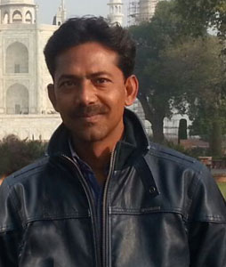 Anjum Khan, Agra Tour Guide