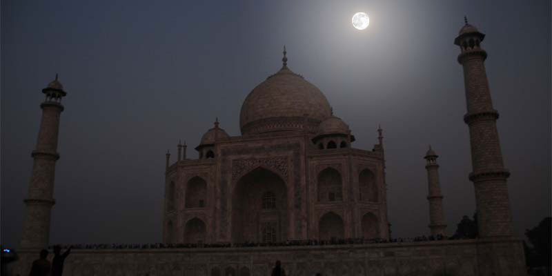 Taj Mahal Moonlight, Agra
